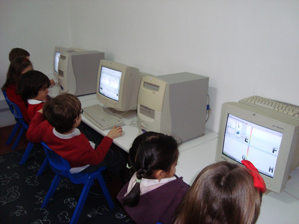 ict - english school from 1 to 6 years